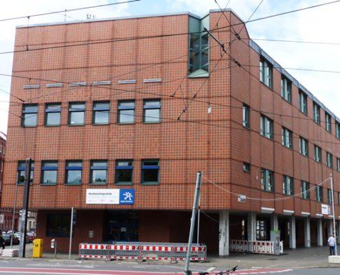 Berufsschulgebäude am Goetheplatz 7